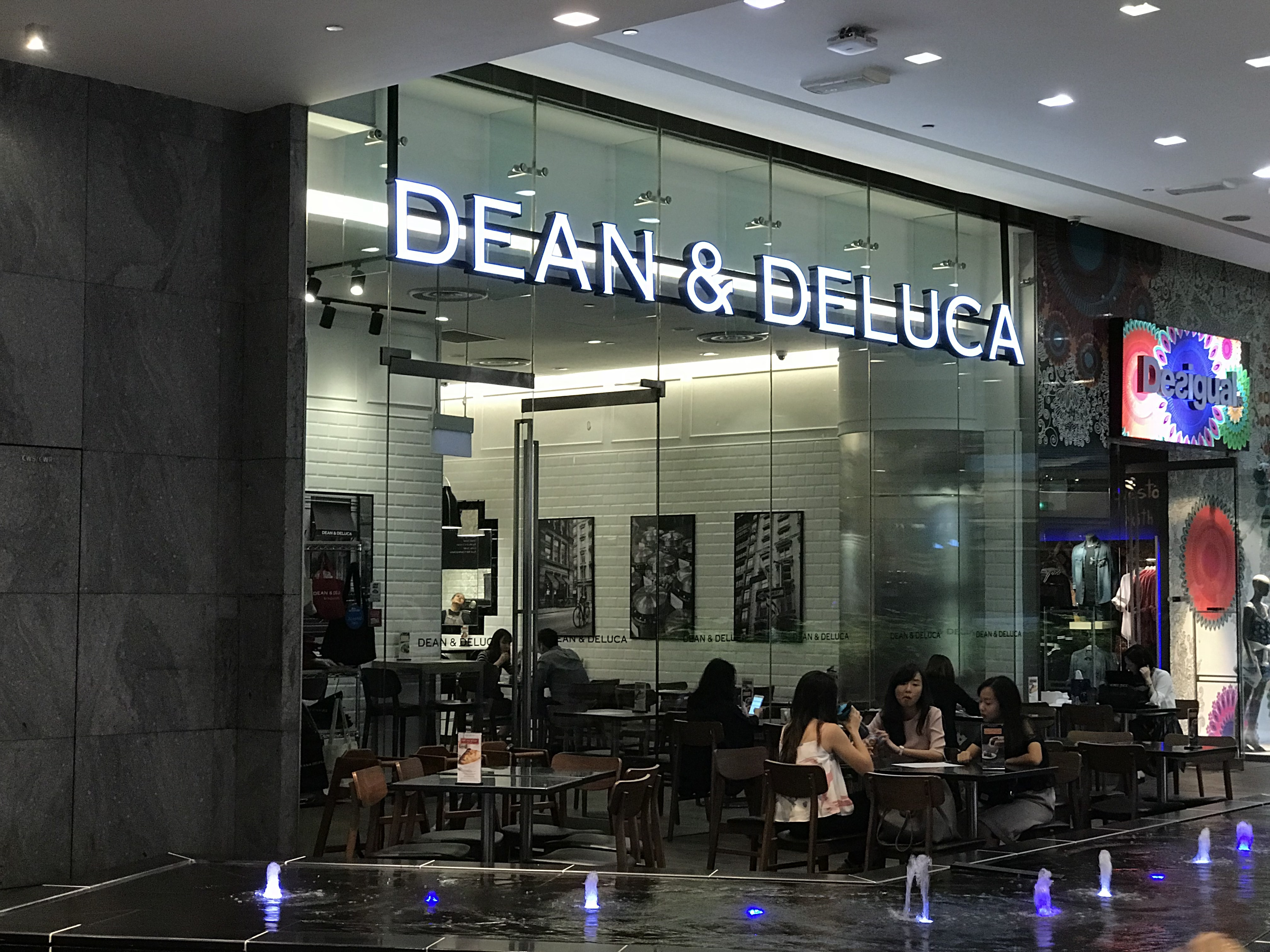 DEAN & DELUCA @ Orchard Central