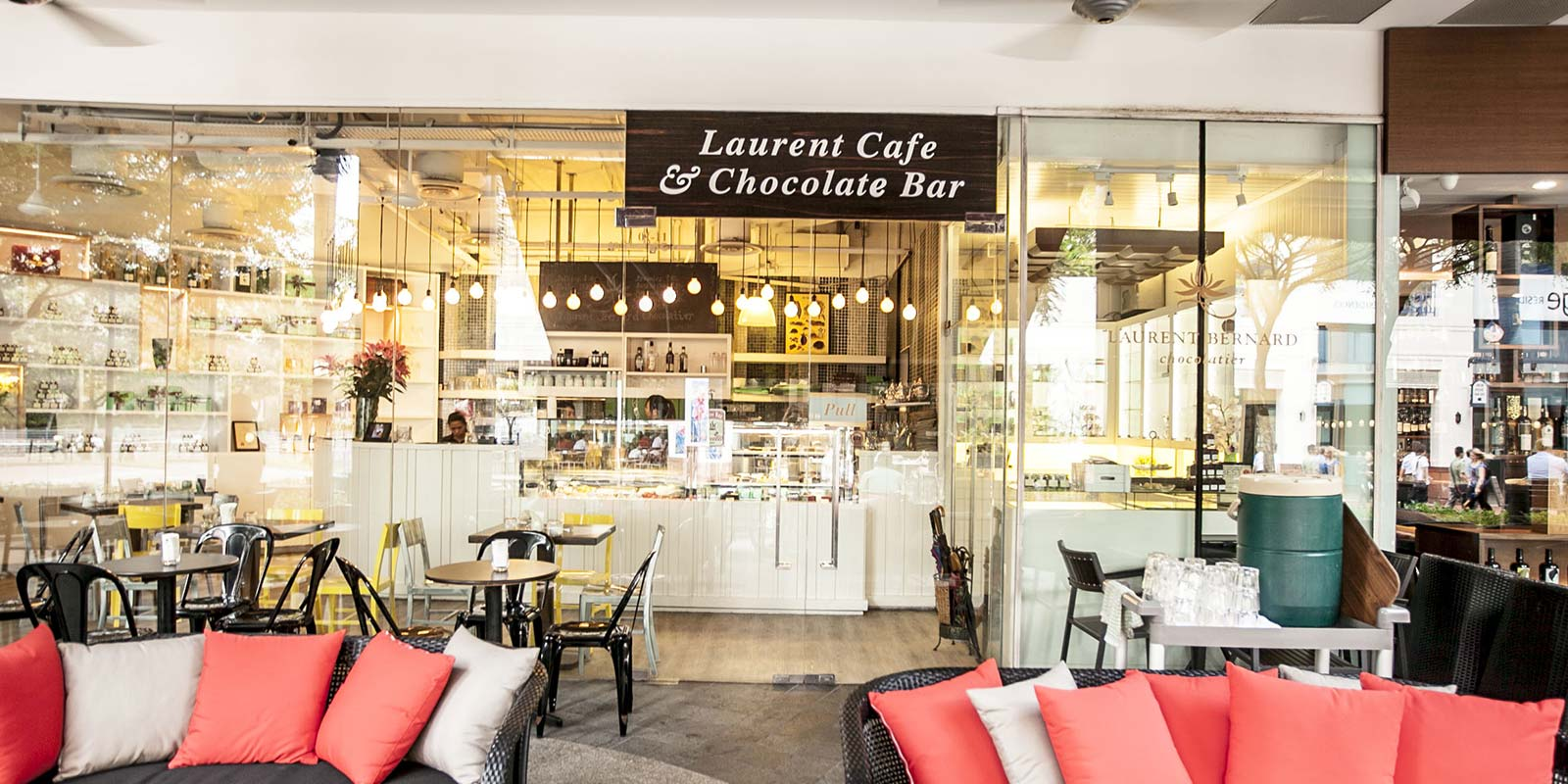 Laurent's Café & Chocolate Bar @ Robertson Quay